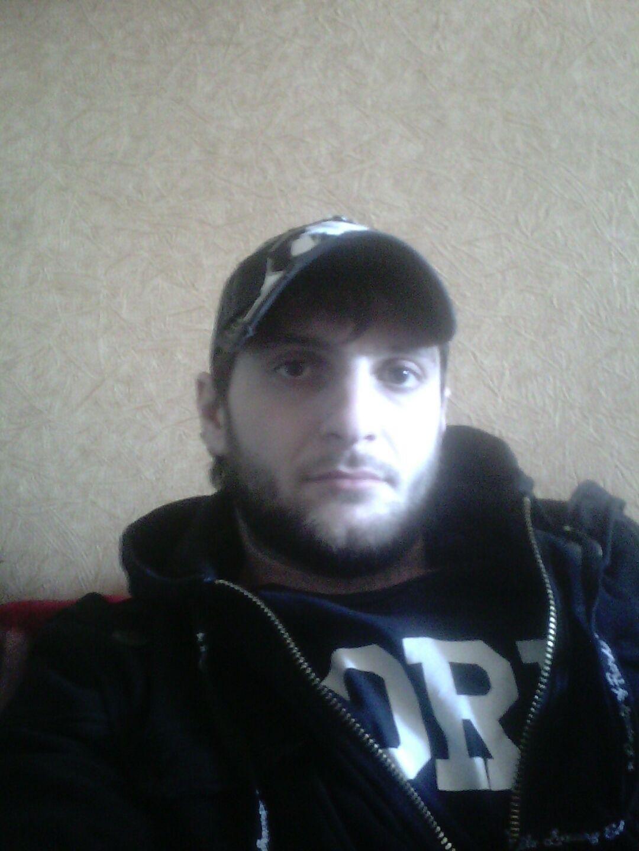 Знакомства Новосибирск, фото мужчины Константин, 32 года, познакомится для флирта, любви и романтики