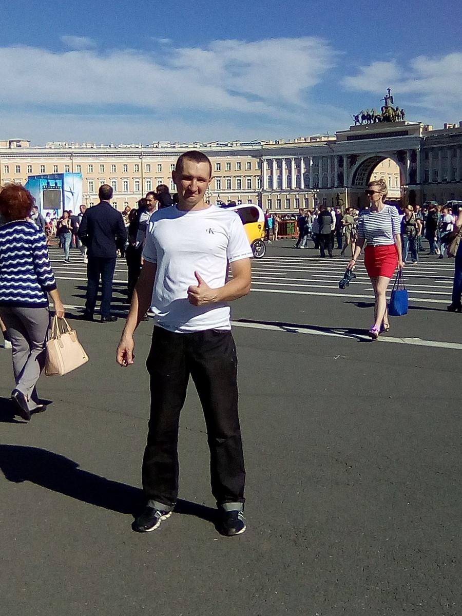 Знакомства Санкт-Петербург, фото мужчины Владимир, 35 лет, познакомится для флирта, любви и романтики, cерьезных отношений