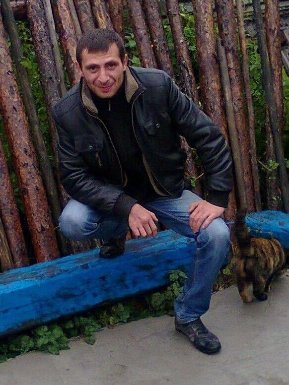 Знакомства Мурманск, фото мужчины Ruslan, 38 лет, познакомится для флирта, любви и романтики, cерьезных отношений