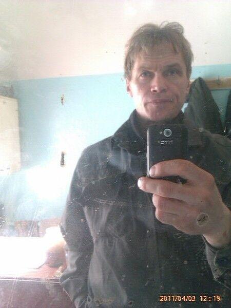 Знакомства Миасс, фото мужчины Вячеслав, 57 лет, познакомится для флирта, любви и романтики, cерьезных отношений