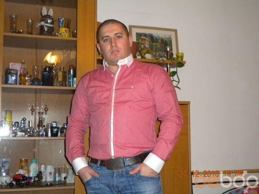 Фото мужчины barcode, Вена, Австрия, 34