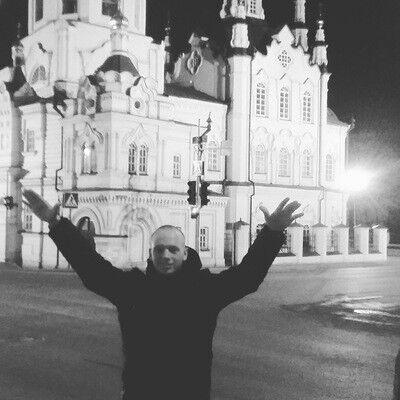 Знакомства Евпатория, фото парня Андрей, 25 лет, познакомится для флирта, любви и романтики, cерьезных отношений
