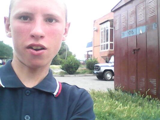 Фото мужчины влад, Симферополь, Россия, 18