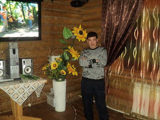 Знакомства Норильск, фото мужчины Руслан, 38 лет, познакомится для флирта, любви и романтики, cерьезных отношений