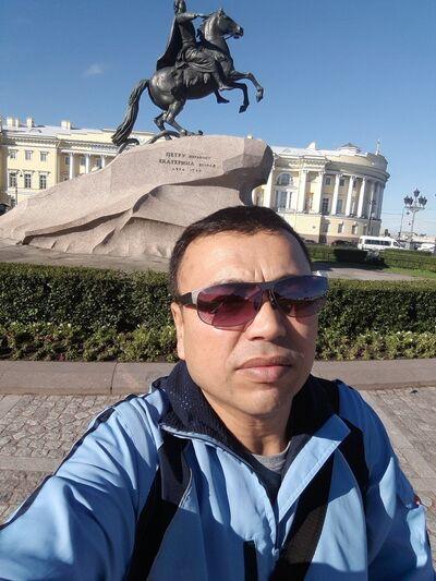 Фото мужчины Дядя Миша, Санкт-Петербург, Россия, 37
